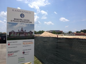 Dirt is moving at the site of Kannapolis' new city hall and police headquarters.